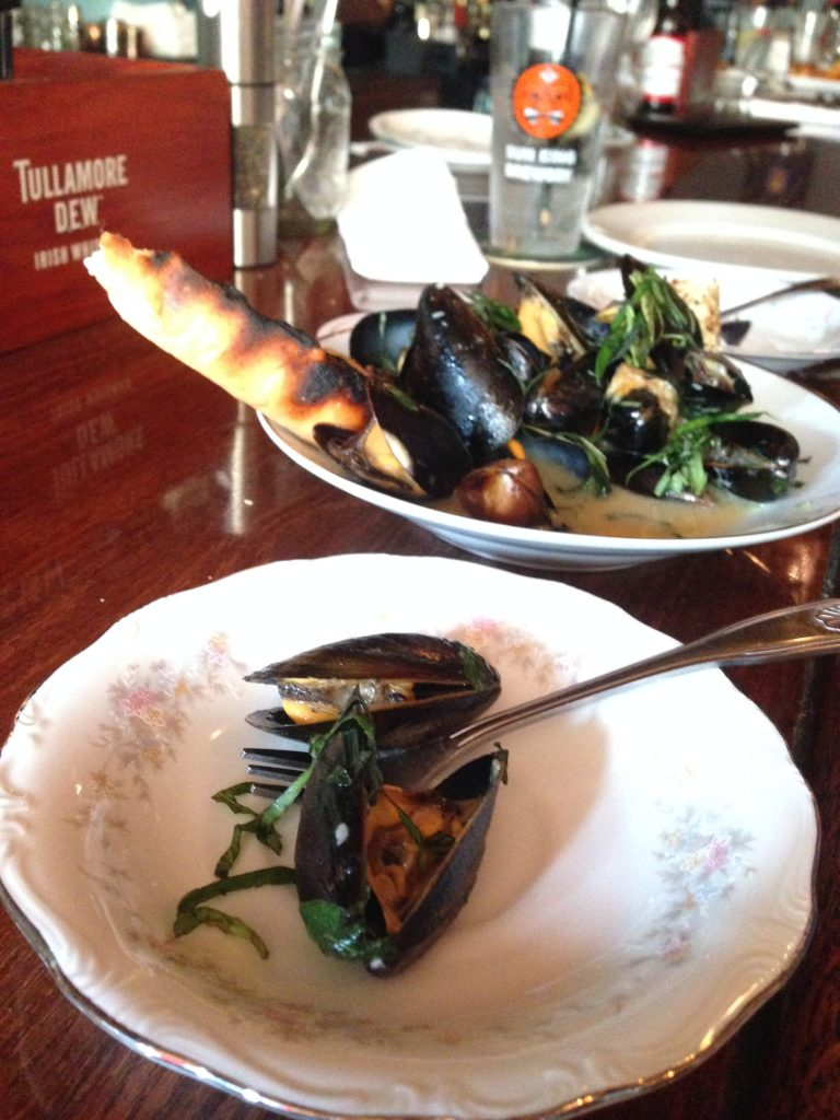 Mussels with Crostini