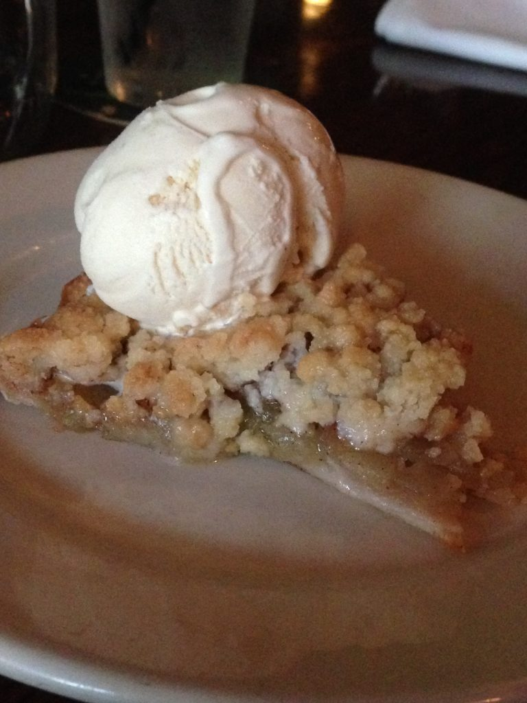 Jane's Apple Crumb Pie ala mode..